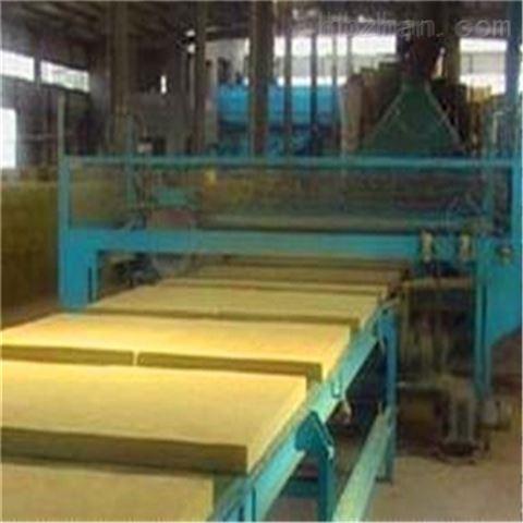 玻璃棉保温板厂家 厂家库房