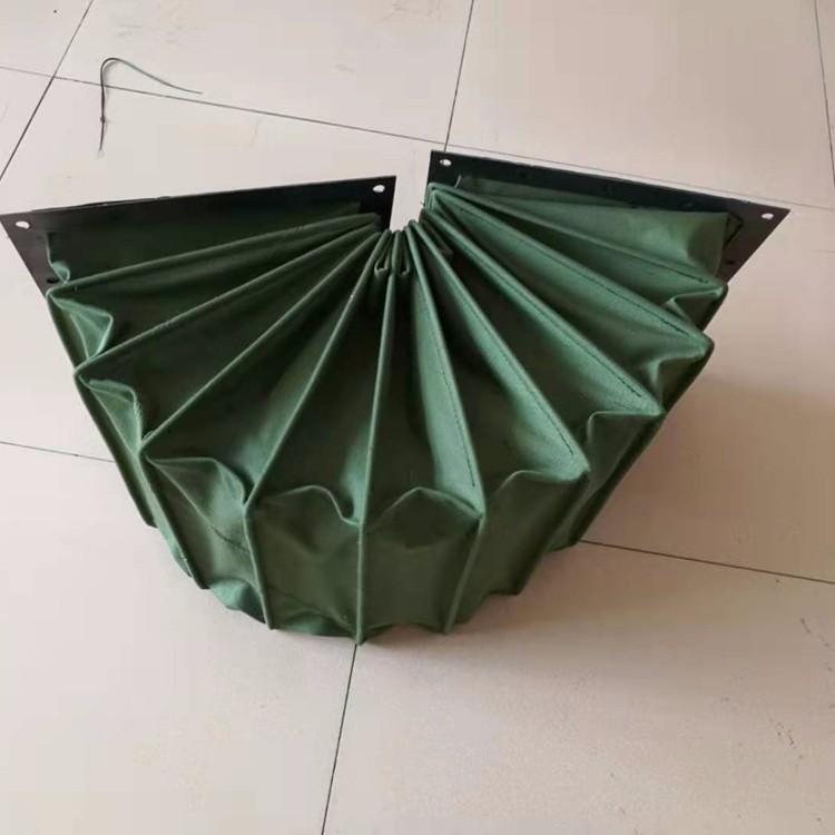 绿色帆布机械设备除尘通风伸缩软连接